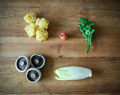 Tagliatelle mit Chicorée & Pilzen